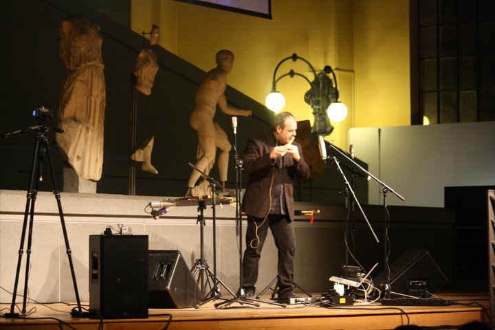Mario Crispi in concerto